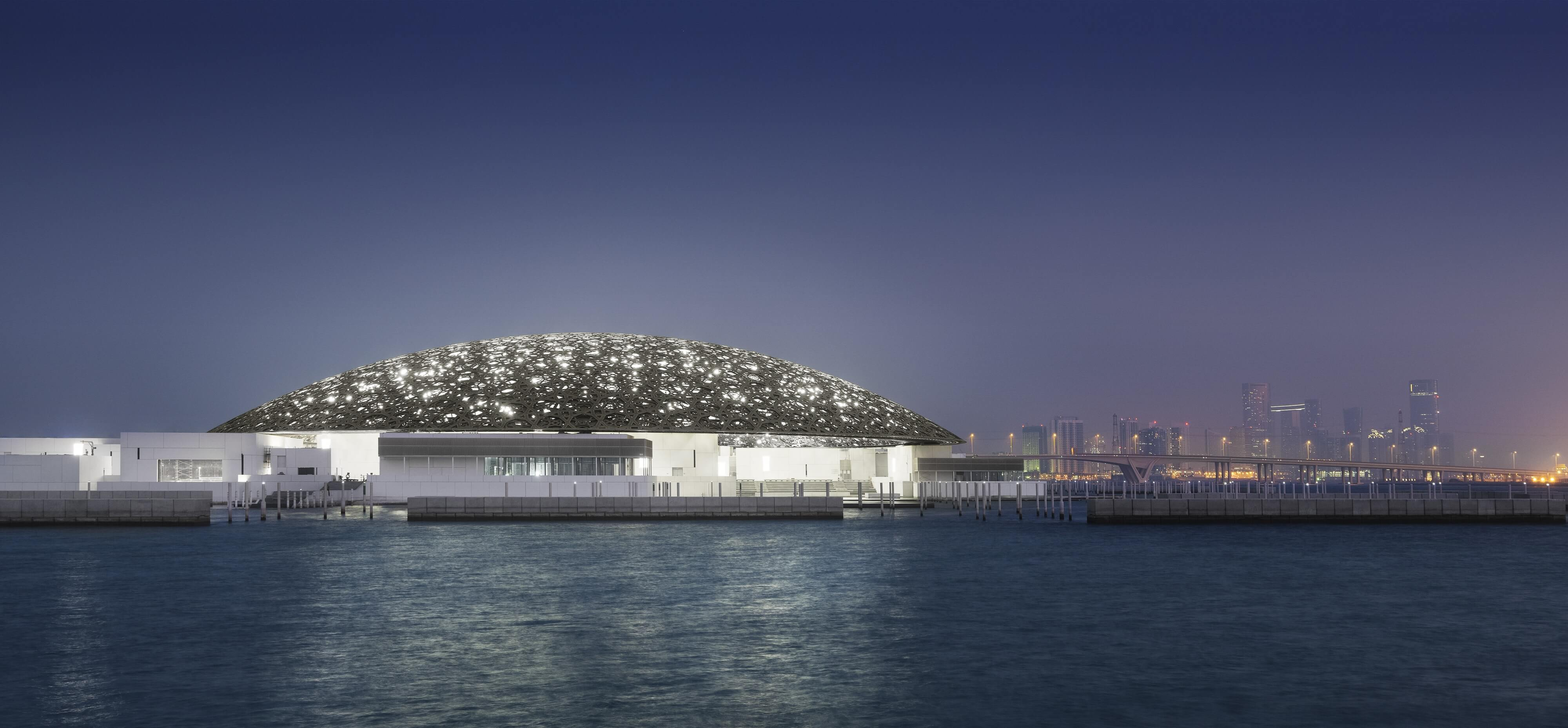 The Louvre Abu Dhabi by night - Photography by Mohamed Somji © Louvre Abu Dhabi