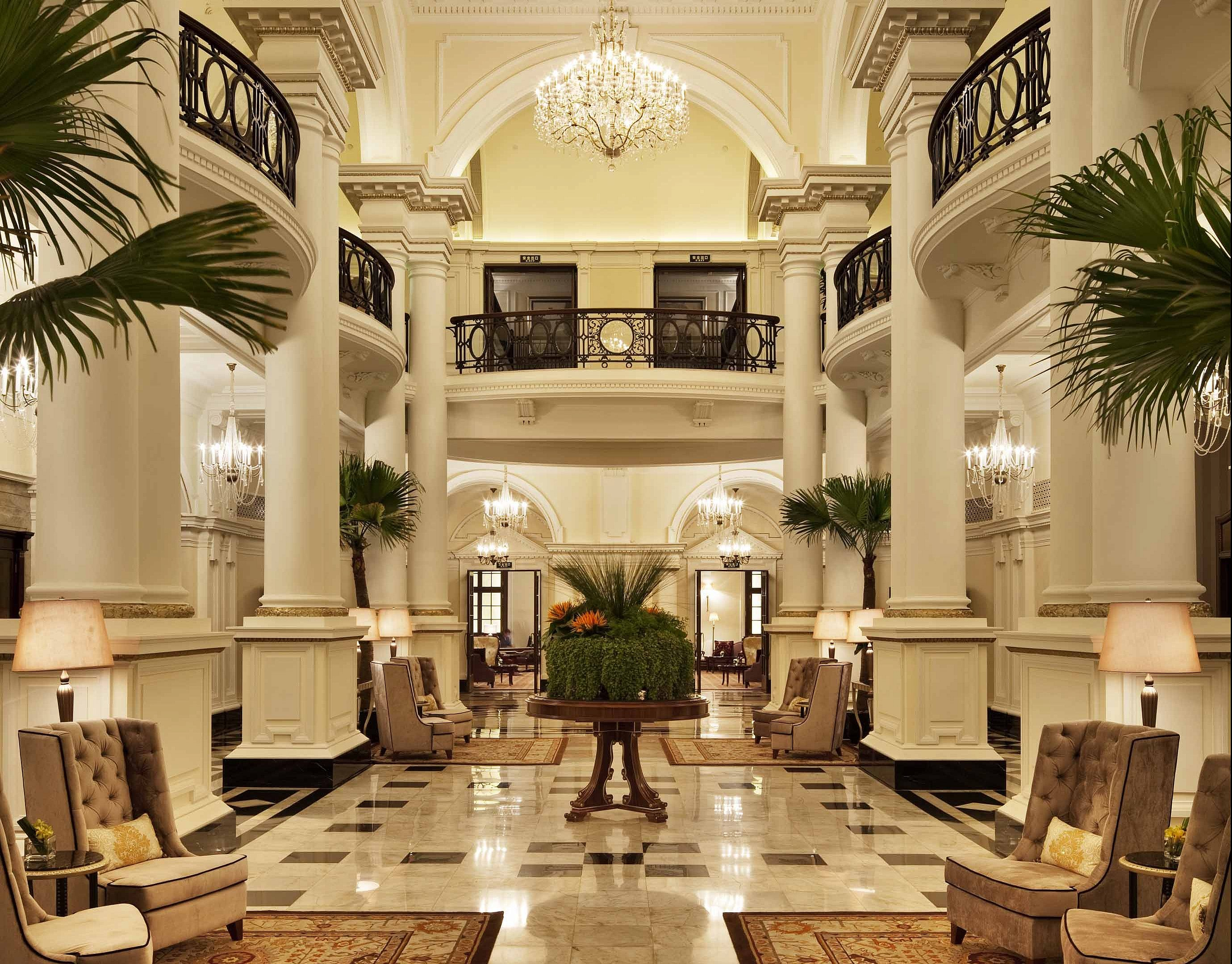 The Lobby © Waldorf Astoria