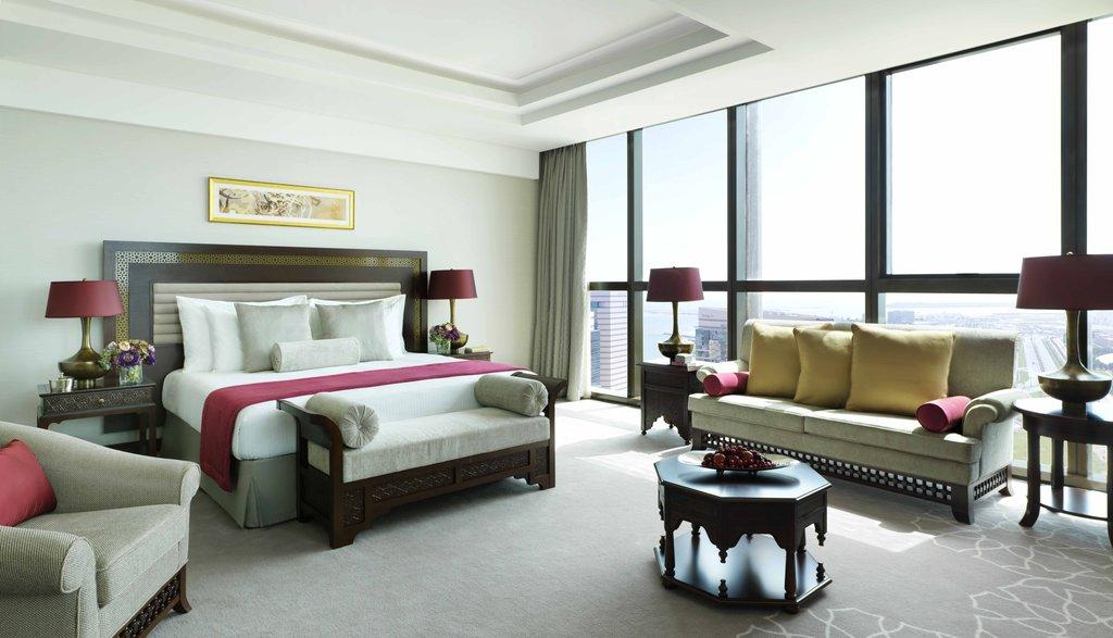 Deluxe King Room at Bab Al Qasr