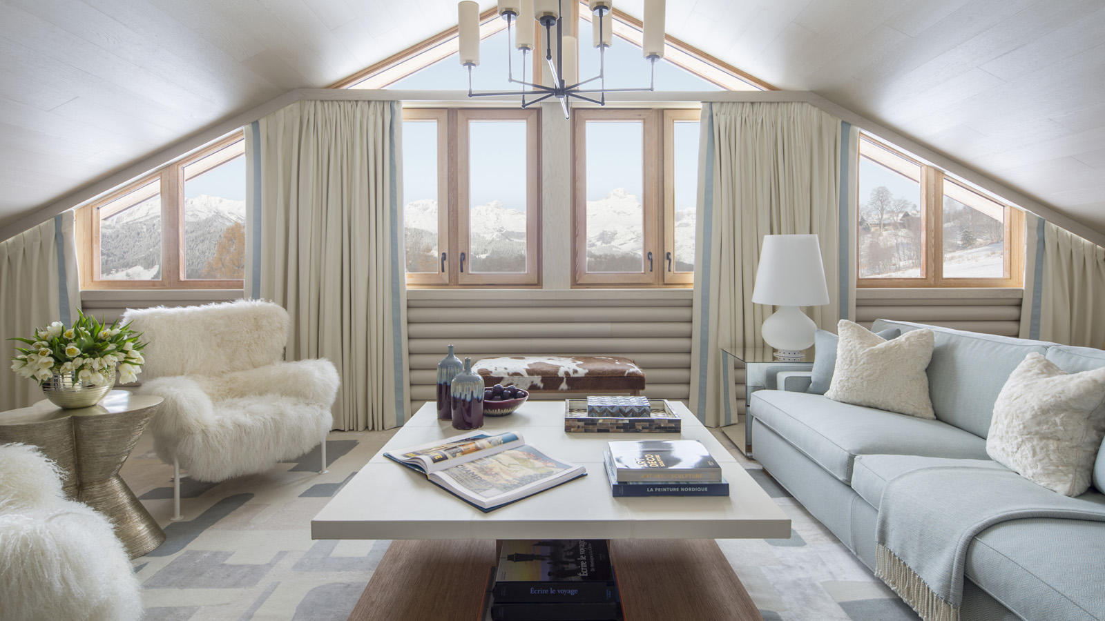 Soft colors to reflect the stunning natural surroundings © Four Seasons